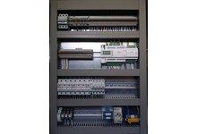 Programowanie sterowników PLC pod systemy HVAC, centrale wentylacyjne. Prefabrykacja rozdzielnic automatyki wentylacji i klimatyzacji - zdjęcie