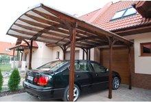 Drewniany garaż na 1 auto (łuki giętoklejone, zadaszenie, wiata na samochód, patio, taras) - zdjęcie