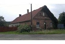 Pół jednopiętrowego domu w Lelechowie (okolice Nowej Soli) do generalnego remontu - zdjęcie