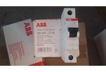 ABB Wyłącznik nadmiarowo-prądowy SH201-C10 za połowę ceny nowego - zdjęcie