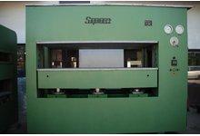 Prasa hydrauliczna o nacisku 550 Ton - 2500 x 1300 mm (17 kg/cm2) - zdjęcie