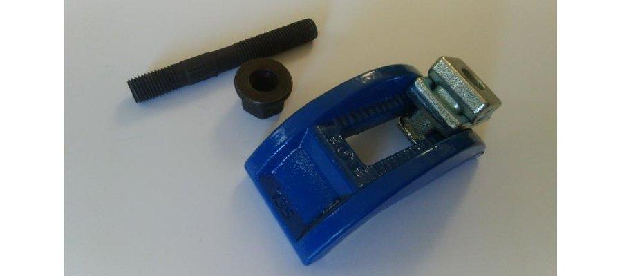 Klemy, Łapy M16 do mocowania form wtryskowych - zdjęcie