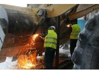 Remonty sprzętu transportowego i budowlanego - zdjęcie