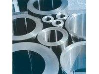 Rury na cylindry bez szwu zimno- i gorącowalcowane dla zastosowań w hydraulice i pneumatyce - zdjęcie