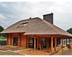 Dom z bali konstrukcyjnych - zdjęcie