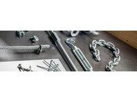 Liny i łańcuchy - zdjęcie