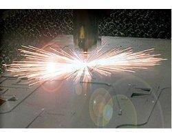 Cięcia blach na wycinarce laserowej CNC - zdjęcie