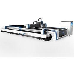 Wycinarka laserowa Fiber SF3015AM z możliwością cięcia rur i profili, wraz z wymiennymi stołami - zdjęcie