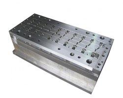 Budowa form wtryskowych i narzędzi - zdjęcie
