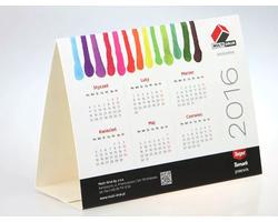 Kalendarze, ulotki i materiały poligraficzne - zdjęcie