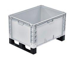 Pojemniki magazynowe i skrzynie transportowe na płozach, kółkach i stopach - zdjęcie