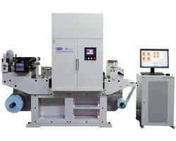 Maszyna drukarska do produkcji etykiet - zdjęcie