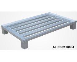 Palety aluminiowe na stopach - zdjęcie