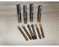 Nanoszenie, nakładanie powłok PVD na narzędzia skrawające, tnące, noże, narzędzia specjalne - zdjęcie