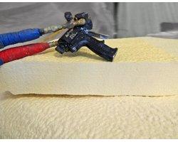 Natryskowa pianka poliuretanowa - zdjęcie