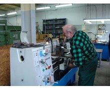 Konstrukcja, wykonanie, wykrojników, tłoczników, krępowników, ciągowników, przyrządów technologicznych, montażowych - zdjęcie