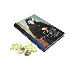 Różaniec fluorescencyjny ze Świętą Faustyną i książka - zdjęcie