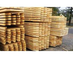 Heblowanie drewna - zdjęcie