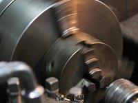 Produkcja, wykonanie, budowa, wykrojników, tłoczników, obróbka skrawaniem części, detali i elementów metalowych - zdjęcie