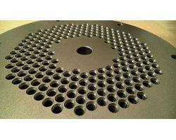 Regeneracja i naprawa przyrządów, wykrojników matryc, tłoczników, form wtryskowych, ciśnieniowych - zdjęcie