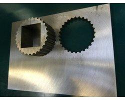 Obróbka, cięcie, wycinanie drutowe, WEDM, detali, elementów z węglika spiekanego, stali hartowanej, aluminiowych - zdjęcie