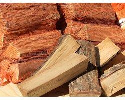 Drewno kominkowe, suche - dąb - zdjęcie