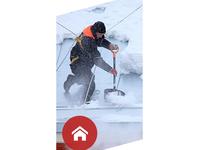 Odśnieżanie dachów i powierzchni - zdjęcie