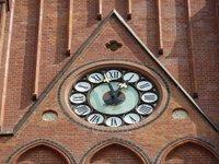 Parafia Św. Antoniego w Rybniku - renowacja zegara wieżowego - zdjęcie