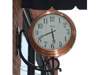 Zegar uliczny - wiszący - zdjęcie