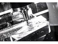 CNC - precyzyjna obróbka mechaniczna - zdjęcie