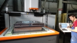 Elektrodrążarka wgłębna AGIE FORM 400Vp firmy ALPHA TECHNOLOGY