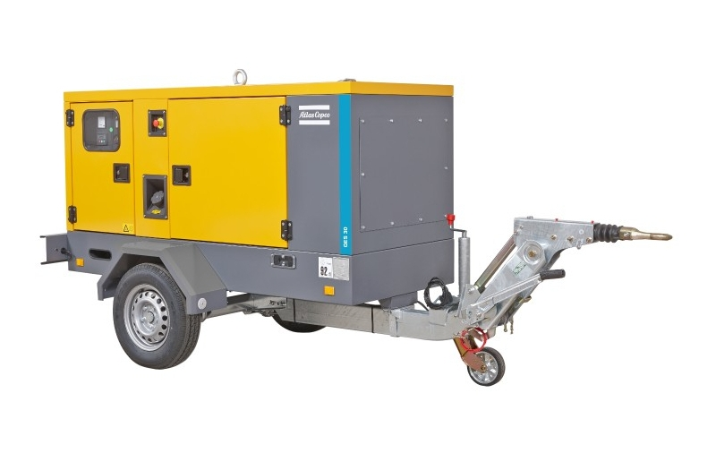 Generator QES 30 na podwoziu